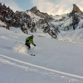3298 Skiing Valle Blanche Paolos Selection for 2014 brochure