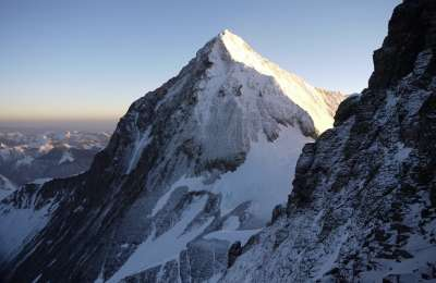 Lhotse 2013 view Everest SE face dawn