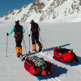 Polar training Tasman Glacier June 2015 high res dean Staples